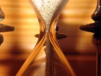 É possível acumular cargos públicos em jornada semanal superior a 60h